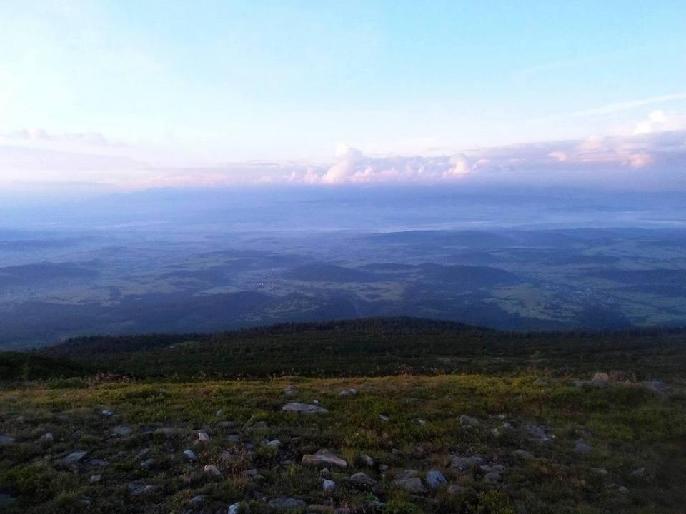Wschód słońca na Babiej Górze – Główny Szlak Beskidzki