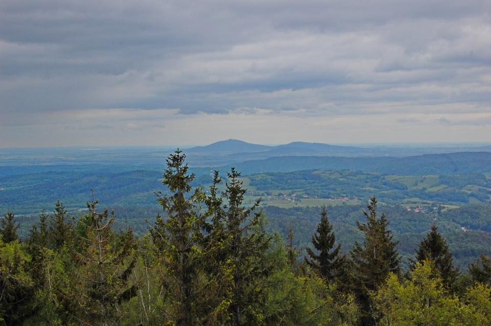 90 Widok z Borowej na ślężę