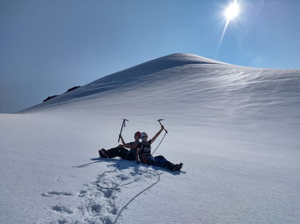 wejście na lodowiec Wildspitze (3768 m n.p.m.) w Alpach